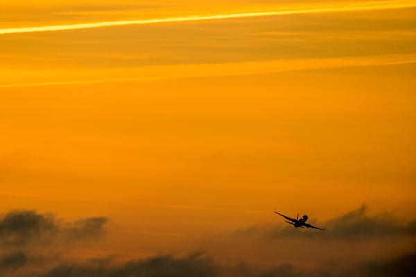 Российские пилоты узнали о неполадках в самолете и стали кружить над городом
