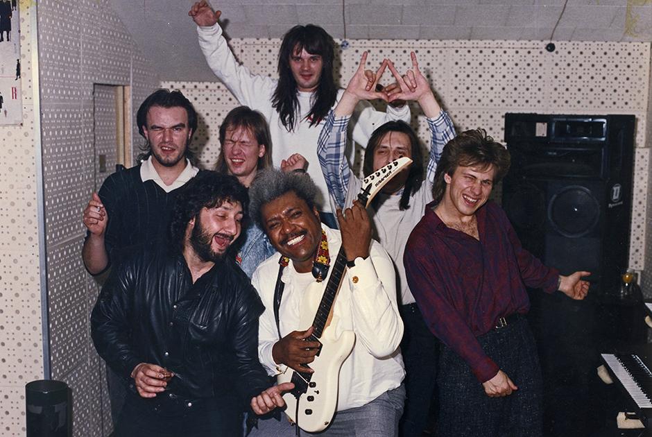 1989 год. Студия SNC. Музыканты группы «Парк Горького» с Доном Кингом
