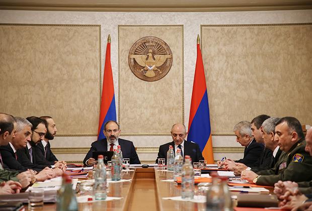 Встреча Никола Пашиняна и Бако Саакяна 11 марта 2018 года
