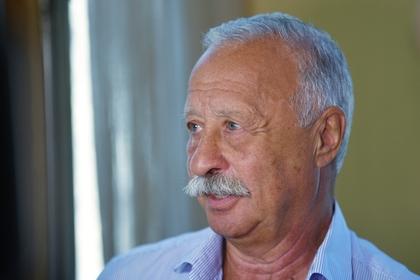 СМИ проинформировали, что Якубович проехал потротуару вЧебоксарах