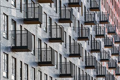 10 подмосковных тренеров получат свидетельства на покупку жилья