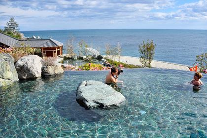 Отдых на российских курортах оказался дороже зарубежного