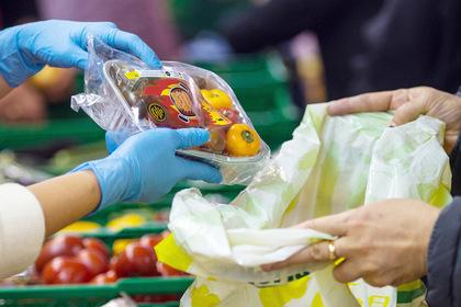 Четверть россиян предпочли ходить в магазин со своим пакетом