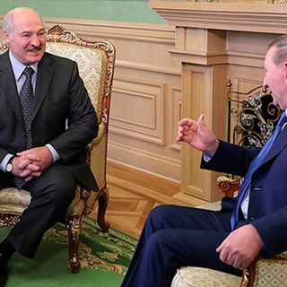 Александр Лукашенко и Леонид Кучма