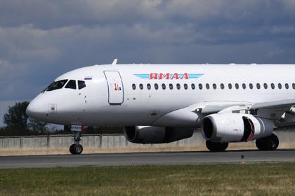 Вылет SSJ-100 задержали на пять часов из-за поломки