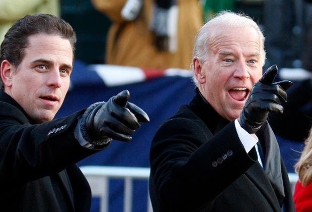 Вице-президент Джо Байден (справа) и его сын Хантер, вошедший в состав совета директоров украинской  Burisma Group
