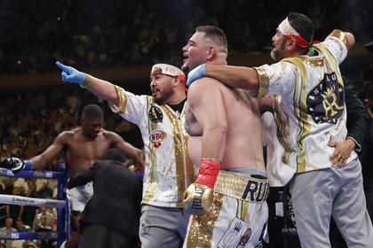 Новый чемпион захотел десятки миллионов долларов за второй бой с Джошуа