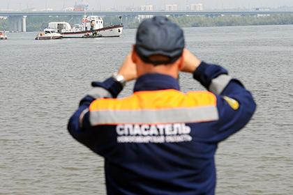 Литовский катер со свадьбой на борту нарушил границу России