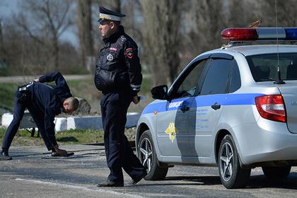 В центре Петербурга гоночный «КамАЗ» столкнулся с легковым автомобилем