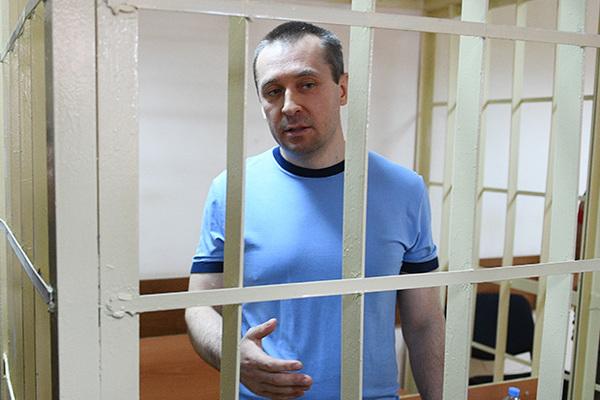 Полковника Захарченко посадили и лишили звания
