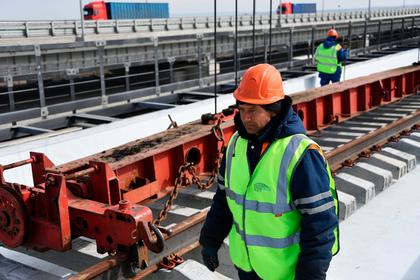 Названа дата запуска поездов на Крымском мосту