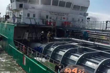 Три человека погибли на взорвавшемся танкере в Махачкале