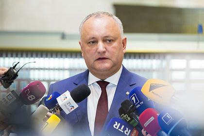 Додон отменил решение о роспуске парламента
