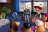 Студия Pixar, долго служившая в Голливуде образцом по части придумывания новых проектов, в последнее время чрезмерно, пожалуй, увлеклась сиквелами во вред оригинальным мультфильмам — другое дело, что на качестве, например, франшизы «Истории игрушек» это никак не сказалось. Даже наоборот — с каждой новой серией приключения ковбоя Вуди и астронавта Базза только приобретали в эмоциональной широте и красоте визуального решения. В четвертом фильме компанию героев пополнит новый персонаж — уморительно нелепое и робкое порождение детских очумелых ручек Вилкинс. С 20 июня.