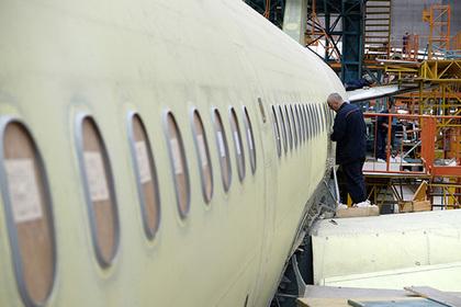 Половина авиалайнеров в России оказались в группе риска