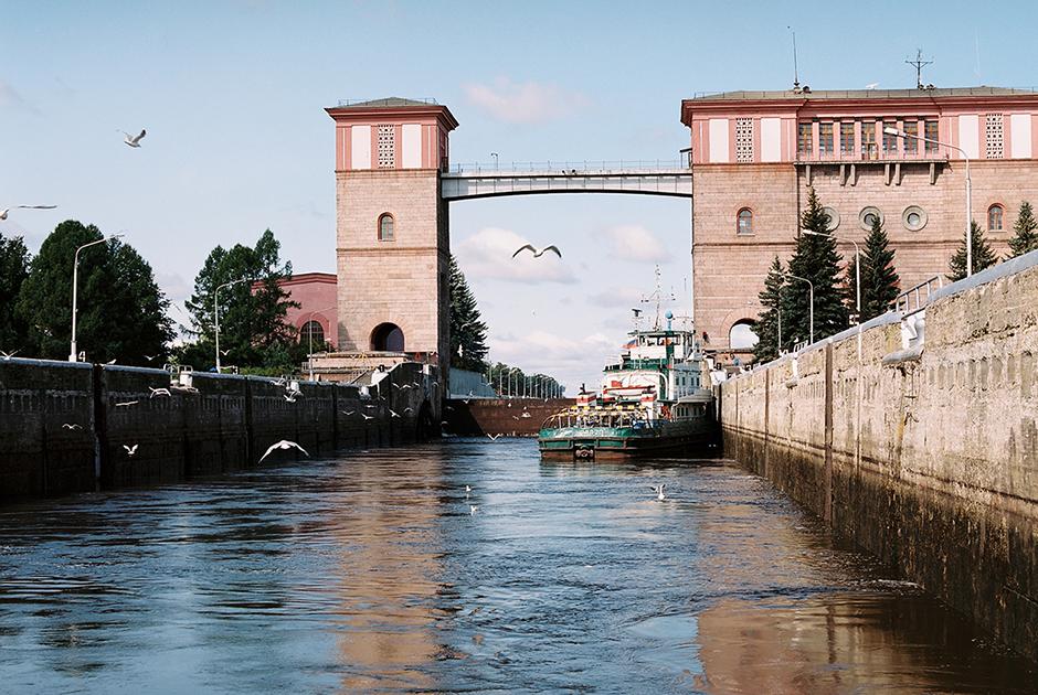 Рыбинская ГЭС