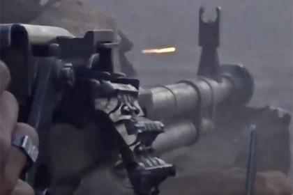 Советский пулемет уничтожил современный американский броневик