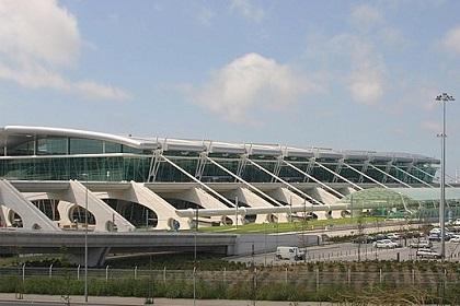 Аэропорт Порту имени Франсишку Са Карнейру