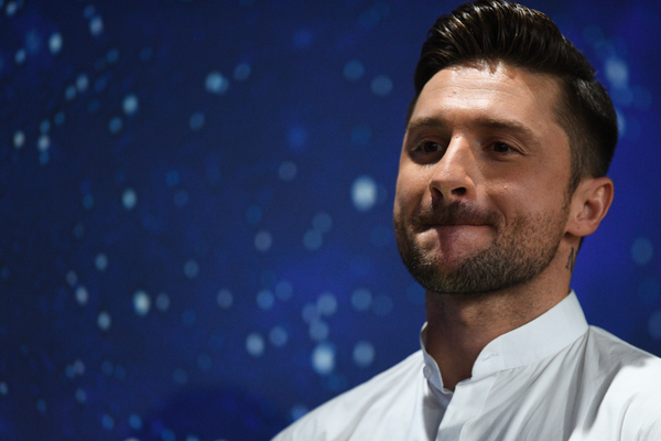 Lazarev presents the Russian version of the song