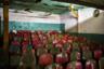 Бангладеш — одно из самых бедных государств в Азии. Кинопрорыва в аграрном государстве не случилось, и индустрия кино умирает. Кинотеатры закрываются, посещаемость падает, количество действующих в стране кинозалов за последние 10 лет сократилось с 1,2 тысячи до 300. Залы большинства сохранившихся кинотеатров заброшены и выглядят примерно так.