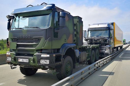 Военные остановили неуправляемый грузовик и предотвратили аварию
