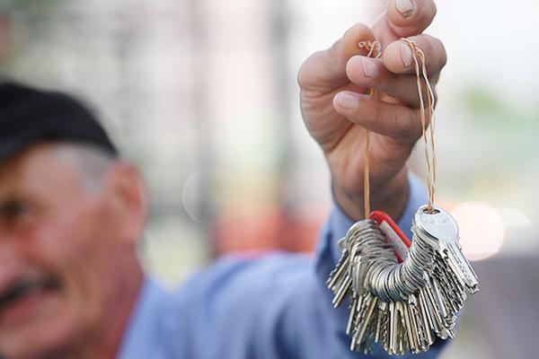 Пенсионеры получили две квартиры вместо одной ирасстроились