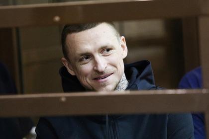 Мамаев объяснил свою улыбку в суде
