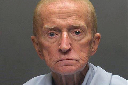 Преступник отсидел в тюрьме 50 лет и захотел обратно