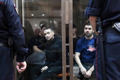 Приговор Кокорину и Мамаеву изменили из-за стула