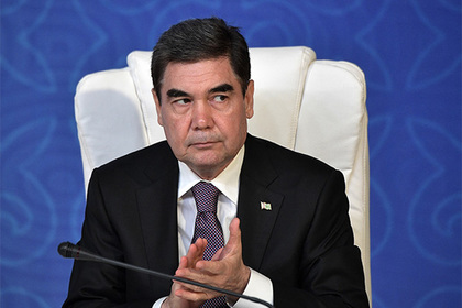 Президент Туркмении по тревоге разбудил военных и стал стрелять с велосипеда