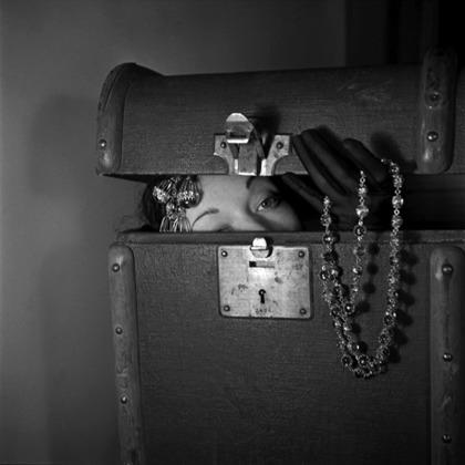 В 50-х и 60-х, по воспоминаниям Орвата, женщины, считавшиеся красивыми, встречались реже, чем сейчас. Впрочем, как признается фотограф, красота современных женщин кажется ему во многом стереотипической.