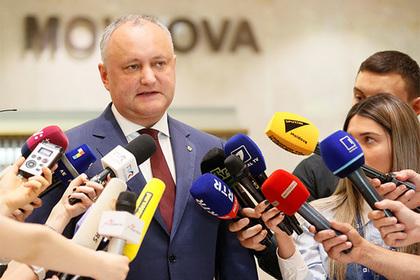 Молдавская оппозиция согласилась уступить Додону