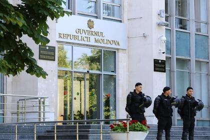 КС Молдавии передумал распускать парламент
