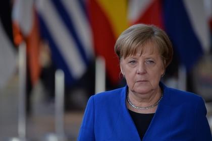 В Германии раскритиковали Меркель за политику в отношении России