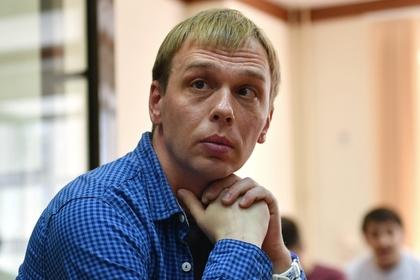 Освобожденного журналиста Голунова допросили в МВД как свидетеля
