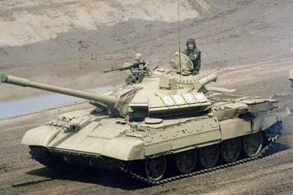 Дуэль советских танков в Ливии попала на видео