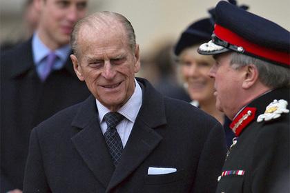 Муж Елизаветы II отговаривал принца Гарри от брака с Меган Маркл