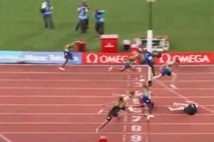 Российский бегун показал «эпичный фотофиниш» после победы в падении