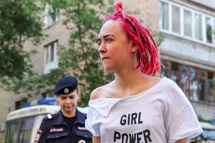 Двум активисткам Pussy Riot запретили въезд в Белоруссию