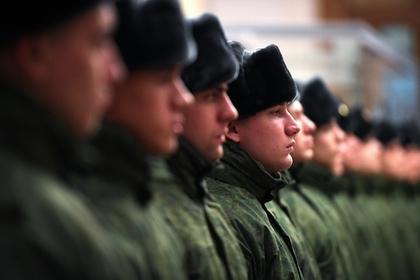 Россияне массово заговорили об обязанности отслужить в армии