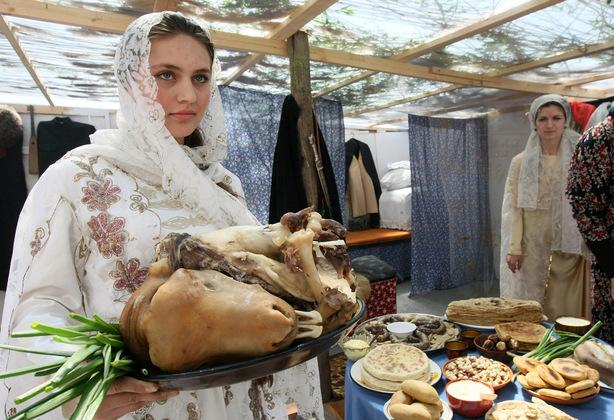 «Ярмарка традиций» на главной площади Грозного