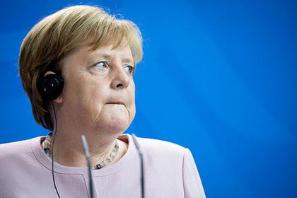 Меркель объяснила сильную дрожь при встрече с Зеленским
