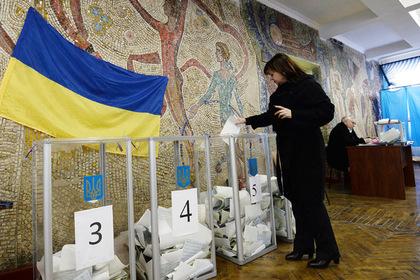 ЦИК объяснил низкую явку на выборах в Раду подработкой украинцев заграницей