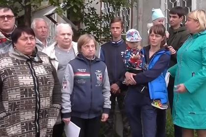 Россияне захотели поменяться домами с чиновниками и обратились к Путину