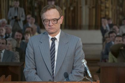 Сыгравший Легасова актер удивился недовольным «Чернобылем» и напомнил о нацистах