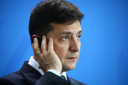 Зеленского раскритиковали за провальную поездку в Европу
