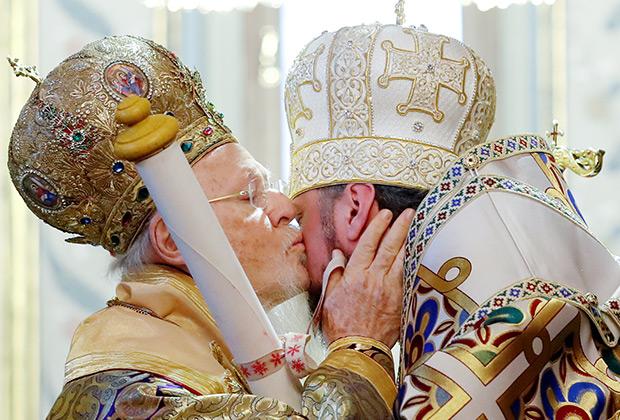 Настоятель Православной церкви Украины со Вселенским патриархом Варфоломеем
