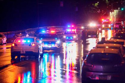 Неизвестный расстрелял 10 человек у ночного клуба в США и скрылся