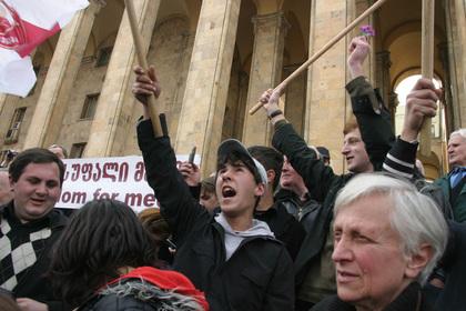 Российский депутат прокомментировал связь с протестами в Грузии