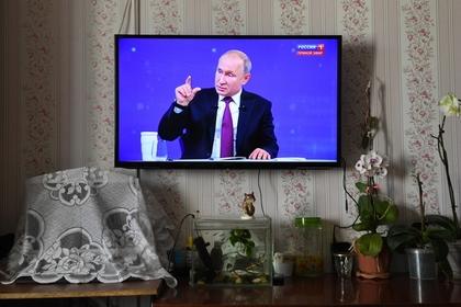 Российский пожарный пожаловался Путину на зарплаты и заслужил уважение